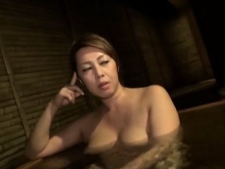Japanese MILF fucked in queasy clit