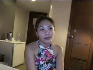 Filipina MILF Lani loves that Japanese cock
