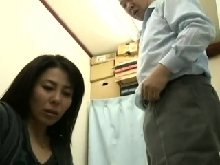 Overdue renege Japanese MILF was blackmailed -Pt2 On HDMilfCam,com