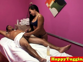 Asian masseuse dickriding added to blowing client
