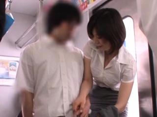 Kinky girlfriend Nanako Mori blows like a champ