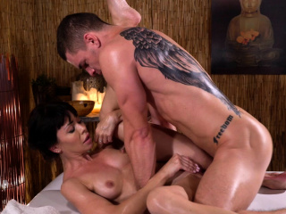 Massage Rooms Petite brunette Sasha Colibri