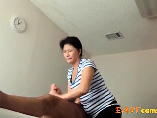 Asian Massage Parlour Old Asian Lady Makes Customer Ejaculate