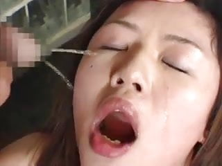 Chagrined japanese slave girl lick drink piss