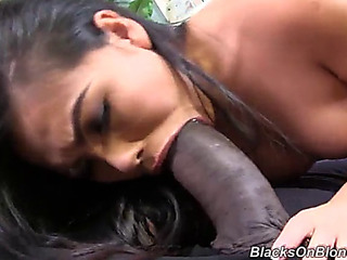 Interracial sex leaves cindy starfall with a dirty facial