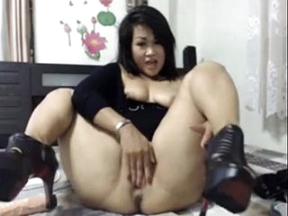 Thick Asian Squirt and Anal Play