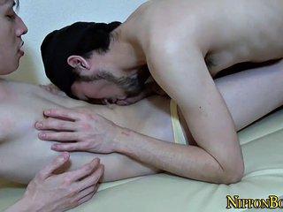 homosexual japanese man cums