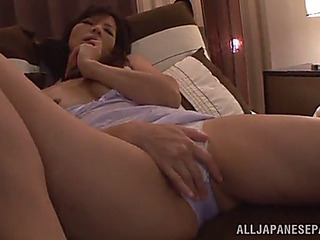 Oriental mother i'd like to fuck fingers her soaked love tunnel in solo scene