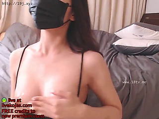 Korean camgirl with super sexy body